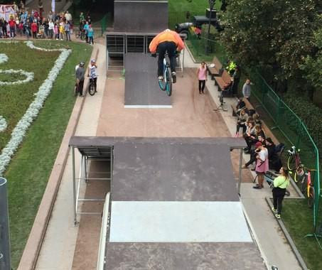 Мобильный скейтпарк для BMX